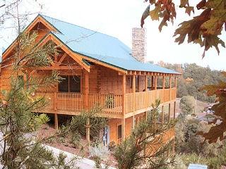 70 best images about gatlinburg vacation on pinterest for Eagles ridge log cabin