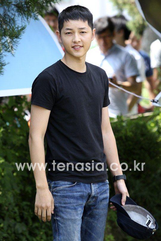 Song Joong Ki's enlistment *36