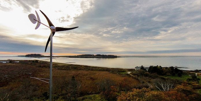 6 Top suggestions to help you select the best home wind turbine. We list the most popular options with the capacity and cost of each.