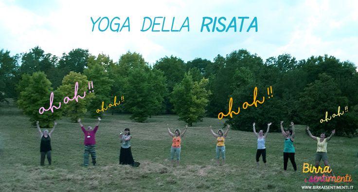 Lo yoga della risata all'aperto