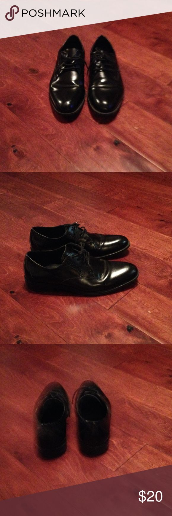 Men's shoes💥sale💥 Men's shoes/ Stacy Adams/ size 8M/ good condition/ a couple of small scratches on toe Stacy Adams Shoes