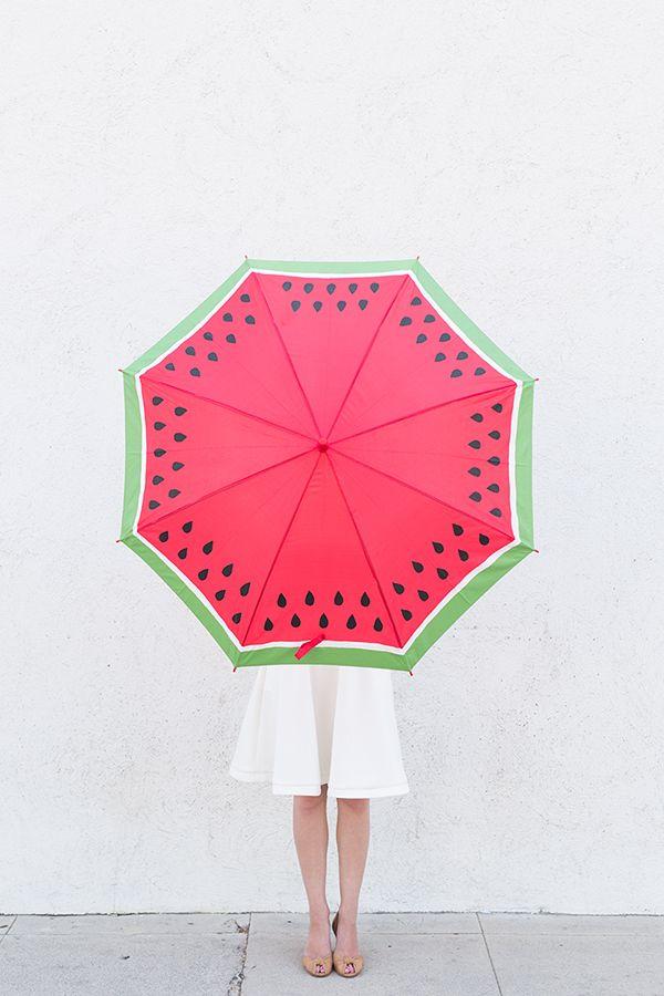 Make a watermelon umbrella! #DIY #project