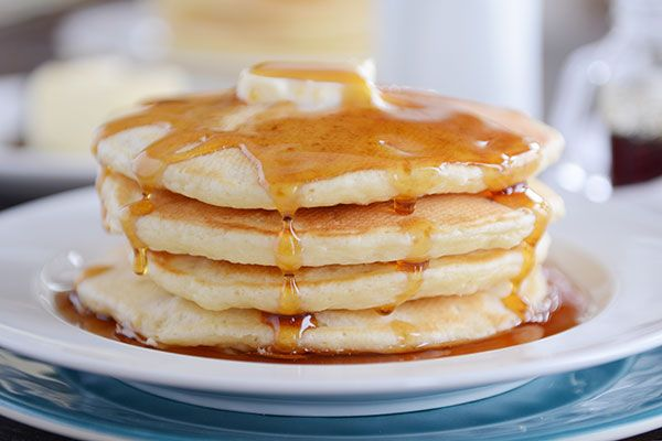 Perfect Fluffy Sour Cream Pancakes via @melskitchencafe