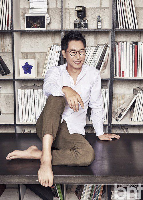 Ji Suk JIn Poses for International bnt | Koogle TV