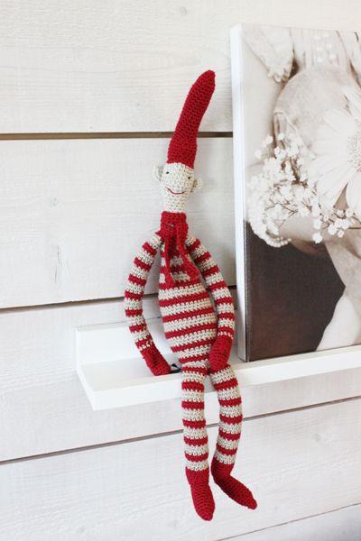 POFF! Och där gick startskottet för årets julpysslande! Jag älskar ju julen. Och jag älskar Mailegtomtar. Skulle vilja ha massor. Och tank...
