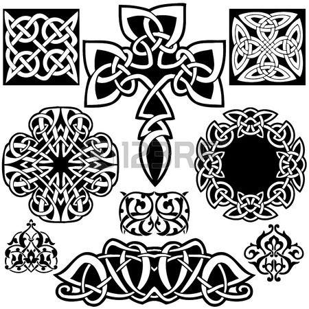 Keltische kunst-collectie op een witte achtergrond. photo