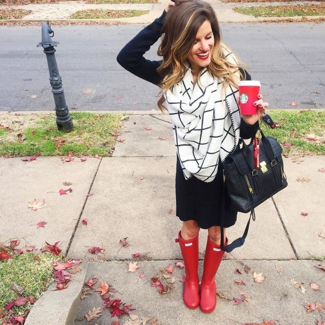 @brightonkeller // BrightonTheDay Blog // black sweater dress with blanket scarf and red hunter boots / blanket scarf outfit // riding boots outfit // casual outfit ideas