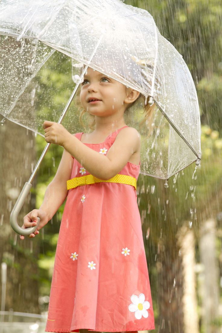 1481 best dancing in the rain images on pinterest rain rainy