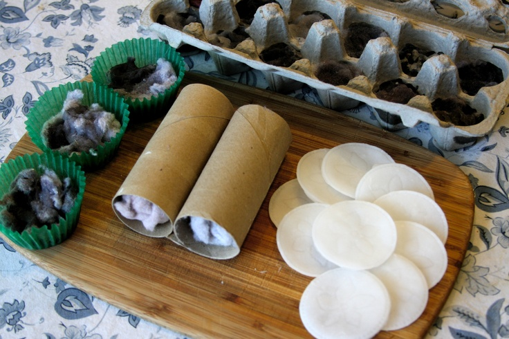 4 DIY campfire starters made from household items.  Easy instructions and test results too!  Awesome!
