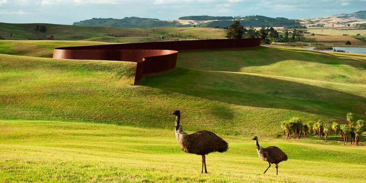 Richard Serra Te Tuhirangi Contour 1999/2001 56 Corten steel plates  252m x 6m x 50mm