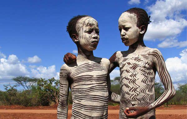 Indígenas del valle del Omo - Survival International