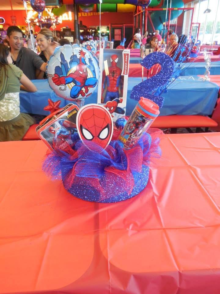 Spiderman Centerpiece made by Alexandra Rosas  https://www.facebook.com/LexiiesCreations?ref=hl