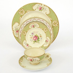 """Image of """"Versailles"""" Fine China 6 piece Place Setting"""