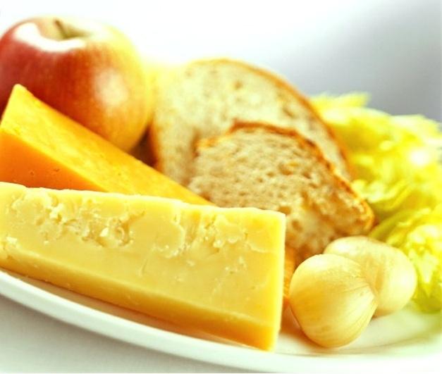Alimenti che aiutano il sonno e ne migliorano la qualità - http://beautyerelax.com/alimentazione/130-i-cibi-che-facilitano-e-migliorano-il-sonno.html