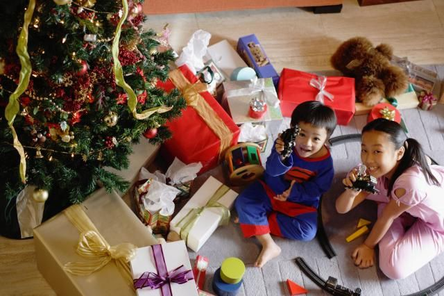 Are you wondering, what are the best toys for Christmas? These toys have appeared on more than one holiday hot toy list.