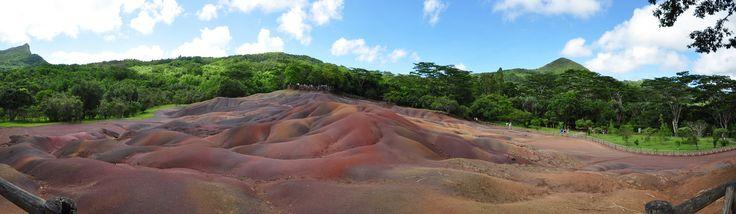 https://flic.kr/p/Dq6jB3 | La terre du sept couleure | From, Chamarel, Mauritius