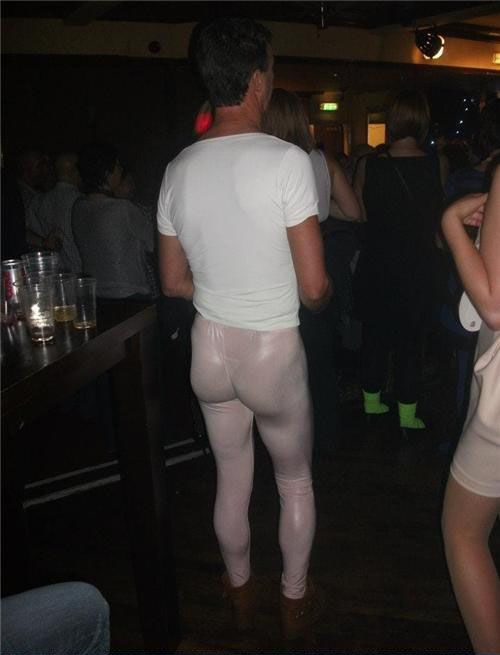 Whats thong with this picture 25 Funny Photos of People Wearing Really Stupid Outfits . Really ?