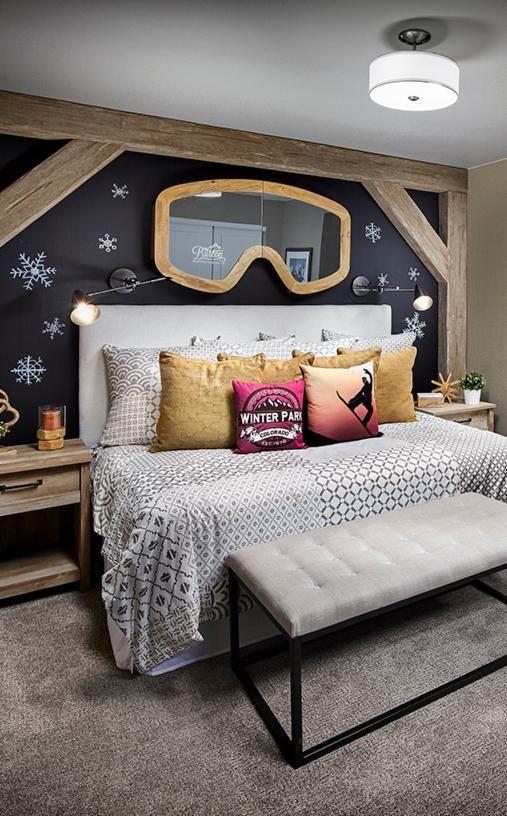 Willa's future bedroom! Ha! That goggle mirror... Amazing.