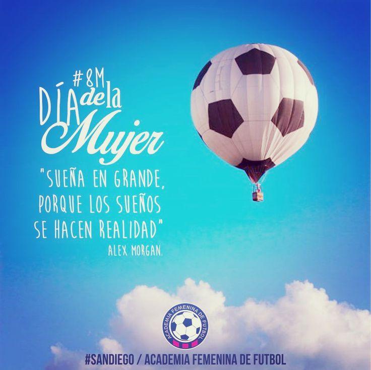#8M Dia de la Mujer Festejá con vos misma, reencontrate, soñá, disfrutá, vivi, amá y claro,  jugó fútbol! ¡Paz y amor para todas!