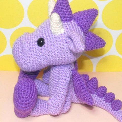 """58 gilla-markeringar, 1 kommentarer - Emma Jane Irlam (@emmairlamcrafts) på Instagram: """"Another photo of Debbie The Dragon, amigurumi pattern now available in my Etsy shop (please see my…"""""""