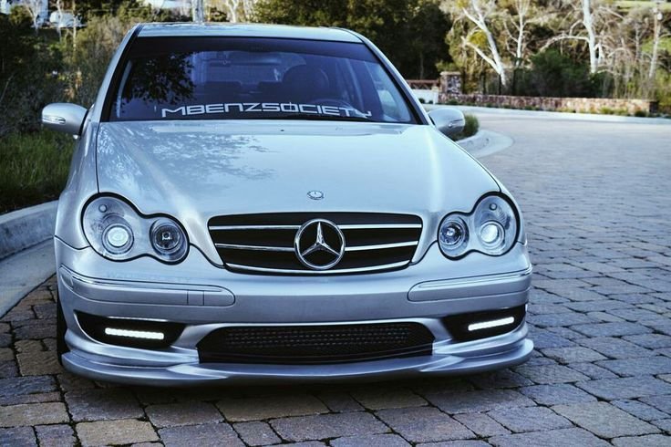 Mercedes W203