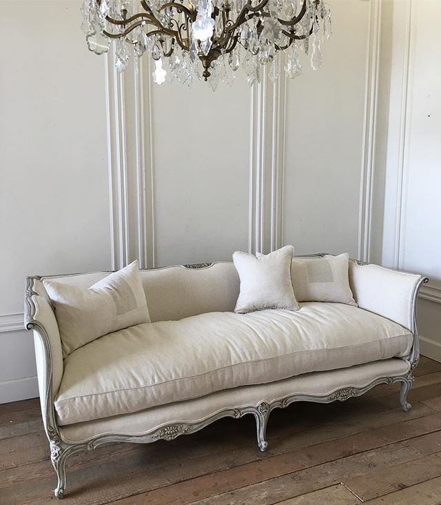I love daybed sofas, and this one doesn't disappoint, our cloud down cushions are extra plump and comfy!! #antiques #fullbloomcottage new items coming soon!!! #frenchsofa