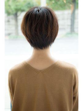 Un ami omotesando 【アンアミ オモテサンドウ】 Un ami 【HIRA】 大人可愛い小顔ナチュラルショートボブ