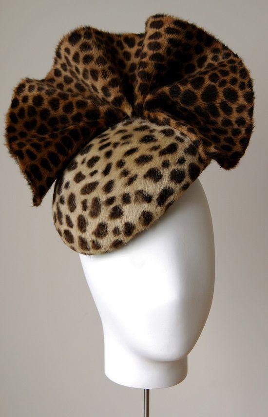 Leopard felt beret with wave trim