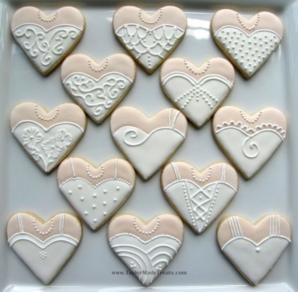 wedding dress cookies | ... White Wedding Dress: Heart-Shaped Wedding Dress and Tuxedo Cookies