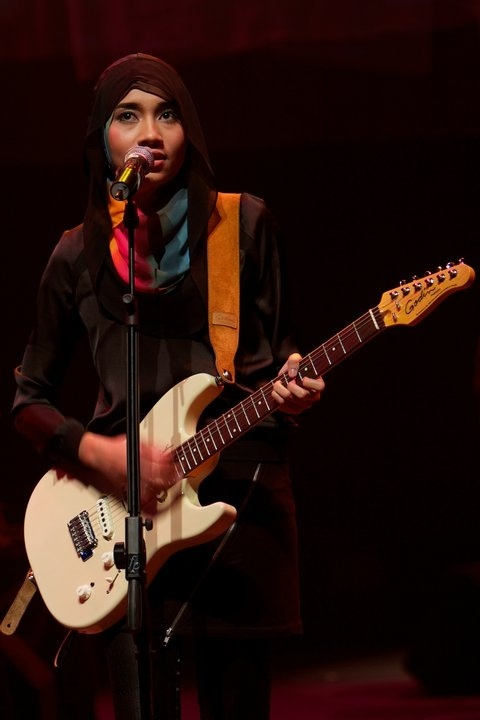 17 Best images about Yuna Zarai on Pinterest   Yuna singer ...