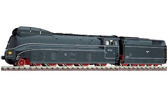 Dampflokomotive BR 01.10 der DRB.