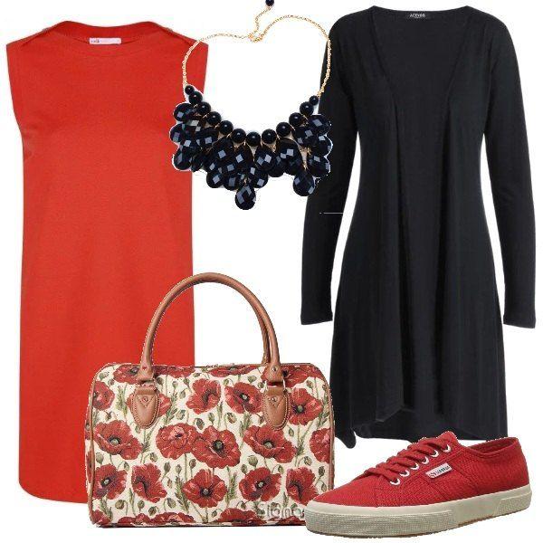 Proposta pensata per una giornata di vacanza in primavera. Un vestito rosso in cotone viene abbinato ad un cardigan lungo nero. Le scarpe sono delle sneakers basse e la borsa da viaggio ha un fantasia floreale con dei papaveri. Completa il tutto una collana con gocce nere.
