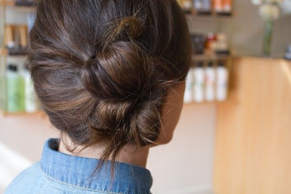 buns with a twist! tutorial.