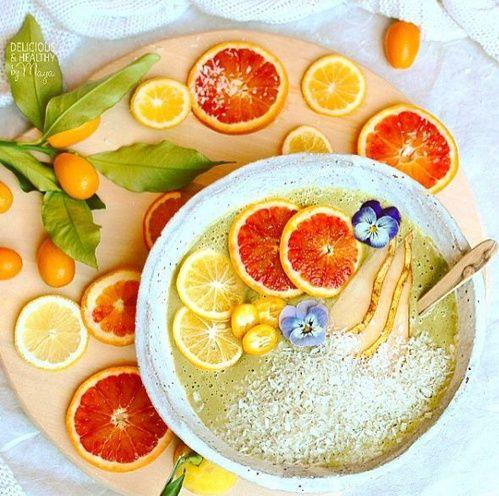 Jus poires et clémentines, rondelles de citrons et oranges