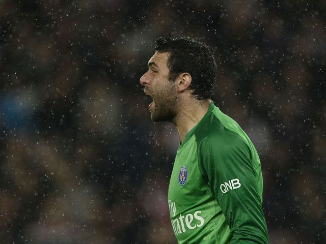 Sevilla complete loan deal for Paris Saint-Germain goalkeeper Salvatore Sirigu