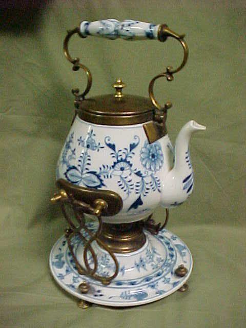 JP: 1880's Meissen Tilting teapot on stand Blue onion