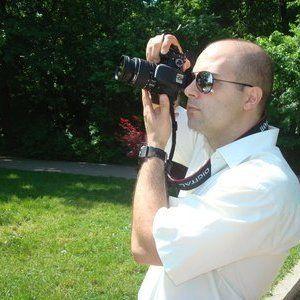 Fotograf botez ! Oferta speciala luna Aprilie si Mai : 400 lei de eveniment, poze nelimitate, dvd-uri personalizate cu coperta (biserica si restaurant) www.fotograf-az.ro