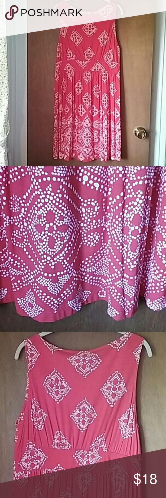 "Joe Fresh sleeveless dress NWOT Bright and pretty reddish orange and white sleeveless dress in almost a bandana pattern.  Joe Fresh for J C Penney 38"" long New, no tags. Never worn. Joe Fresh Dresses"