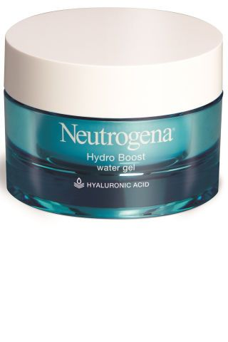 10 oil-free moisturizers best for dealing with summer skin, humidity & avoiding an oily face.