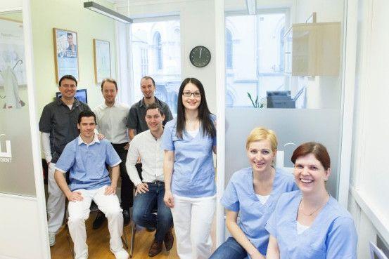 Billig Tannlege Oslo er et moderne tannlegesenter med den siste teknologien innen tannbehandling og tannhelse for barn og voksne. http://www.billigtannlegeoslo.com/om-oss/