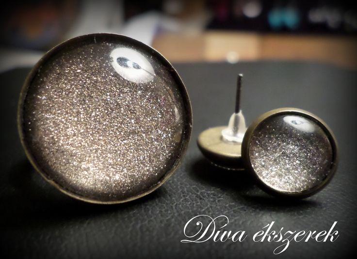 Ragyogó gyűrű és fülbevaló. Ring and earrings. Check my site for more: facebook.com/divaekszerek
