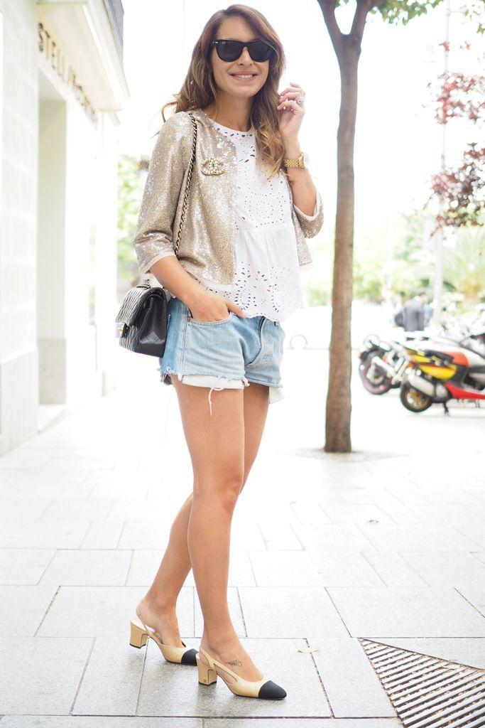 photo chanel slingback shoes street style.jpg