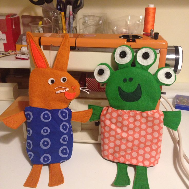 Wanda and the alien hand puppets for my little man :) xx