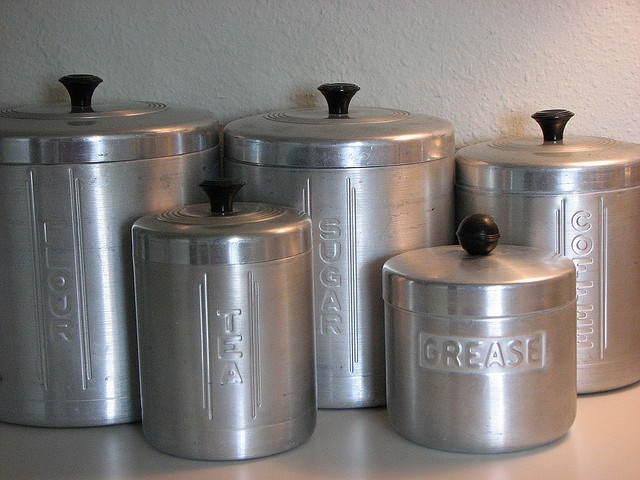 Wonder when they discontinued the grease container as part of a canister set.