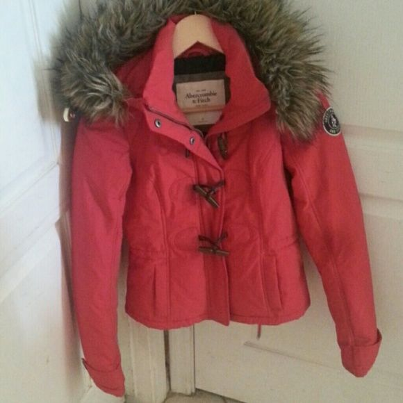ABERCROMBIE &  Fitch girls hooded RED orig coat ABERCROMBIE  & Fitch girls coat great cond. Worn 2x. Abercrombie & Fitch Jackets & Coats Puffers