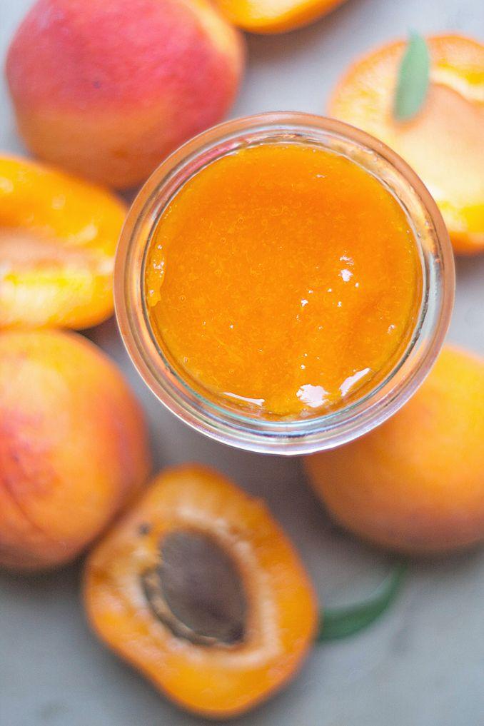 Jak już wspominałam morele to jedne z moich ulubionych owoców. Sezon na nie nie trwa długo, więc ich smak, podobnie jak truskawek zamykam w...