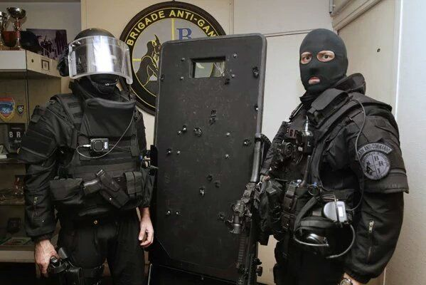Juan Pablo Arenas On Twitter Police Special Forces Paris Terror Attack