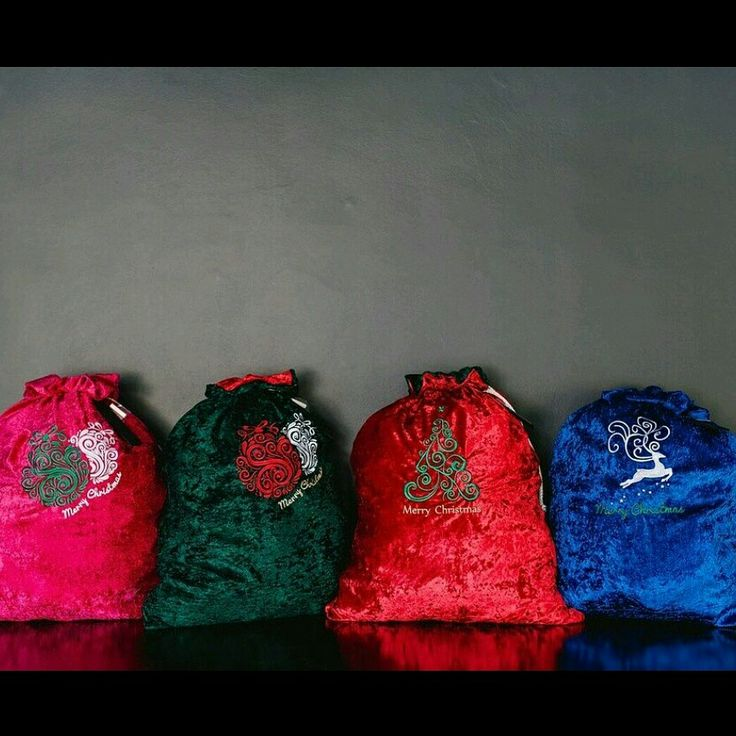 Christmas sacks that are the perfect keepsake. Perfect for a new tradition. Pop them under the tree. Visit www.thegiftsack.co.za