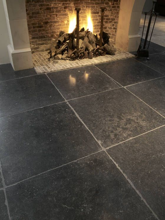 Belgisch natuursteen hardsteen - Opkamer belgisch hardsteen - #Natuursteen ideeën | de-opkamer.nl possible tile pattern for flooring