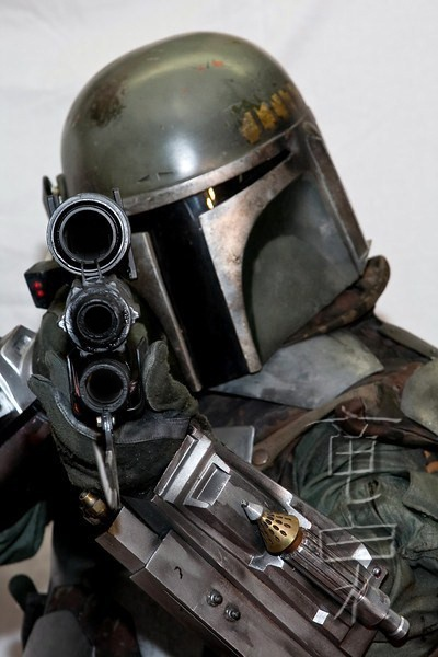 Never been a fan of the Fett. Not sure what all the fuss is about, but this is a great image so I'm sharing it.